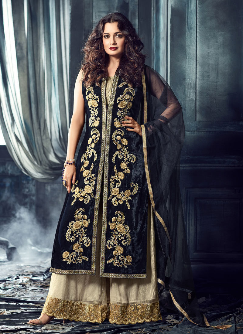 620ae617b10a Black and White Velvet Embroidered Palazzo Suit – Falakenoor Boutique