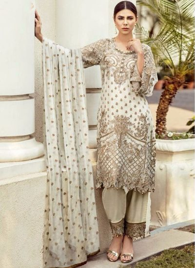 Offwhite and Gold Embroidered Pakistani Style Suit