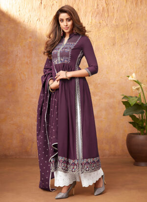 Light Purple and White Embroidered Pant Style Suit